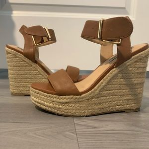 STEVE MADDEN WEDGES ONLY WORN ONCE